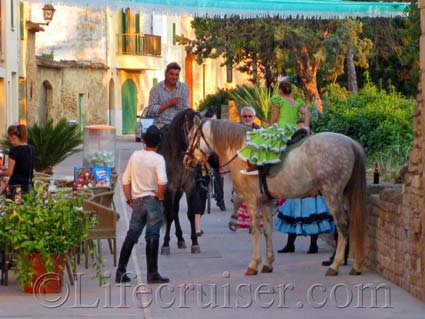 Horses in Alcudia Old Town, Majorca, Photo Copyright Lifecruiser