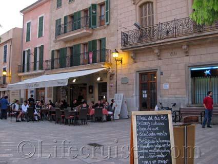 Restaurant in Alcudia Old Town, Majorca, Photo Copyright Lifecruiser
