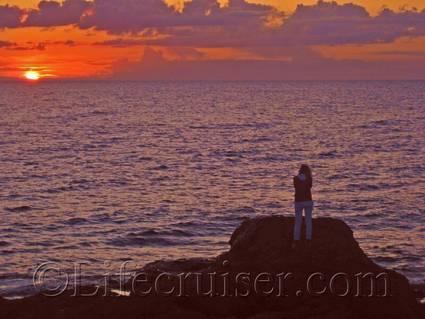 Lifecruiser watching the sunset at the rauk area Digerhuvud, Fårö island, Gotland, Sweden, Copyright Lifecruiser.com