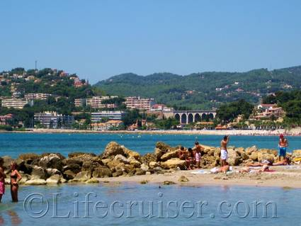 Bandol beach view, Provence, France, Copyright Lifecruiser.com