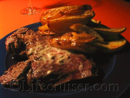 Beef and potato slices by Pierre, France, Copyright Lifecruiser.com
