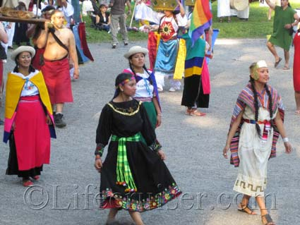 Girls at Inti Raymi - Solfesten by Casa Peru Suecia, Stockholm, Photo Copyright Lifecruiser.com