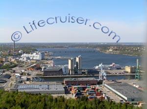 Lifecruisers Stockholm, Djurgården views of Värtahamnen