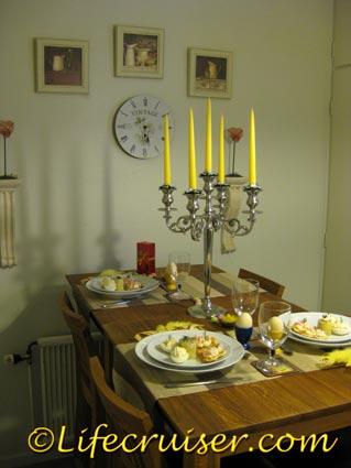 Easter dinner table, Photo by Lifecruiser