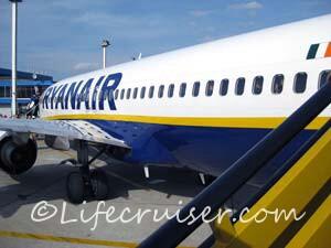 Ryanair Boeing 737-800 airplane