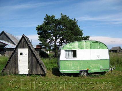 Worned out vacation rentals, Fårö island, Gotland, Sweden, Copyright Lifecruiser.com