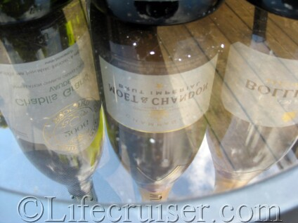 Lifecruiser world of Champagne bubbles
