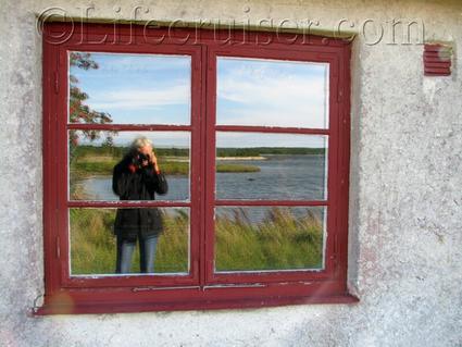 Fårö: fishing cottage window seaview, Sweden