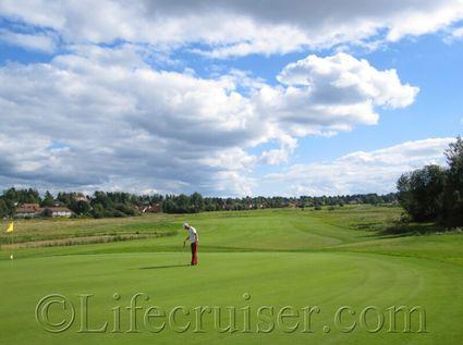Mr Lifecruiser at Swedish golf course