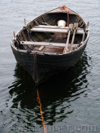 gotland-old-rowboat, Sweden