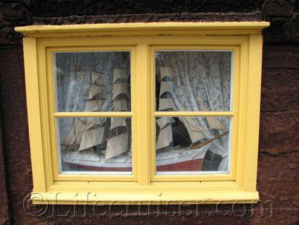 gotland-ship-window, Visby, Sweden