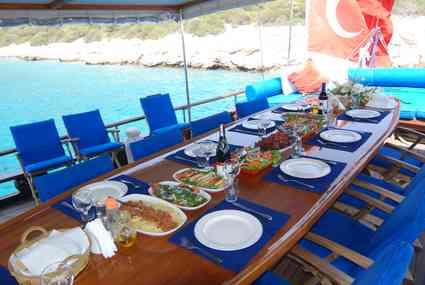 Gulet Cruise Dinner Table