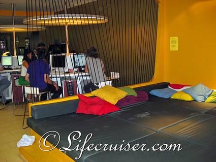 hostel-interior-modern