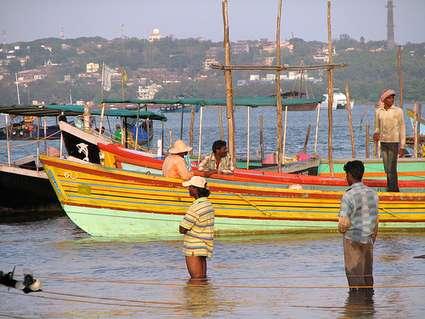 india-goa-orange-fishingboats