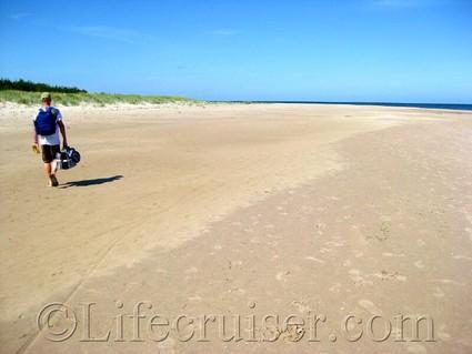 Lifecruiser beach walking