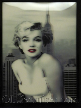 Lifecruisers New York - Marilyn Monroe painting
