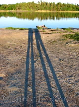 Lifecruiser shadows with no heads, roadtrip photo, Sweden