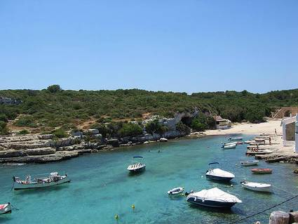 menorca-boats-clear-water, Spain