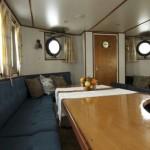 Salon bed&breakfast boat St Katharine