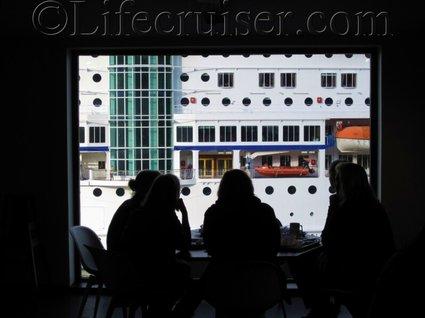 Swedish budget cruise tips windows