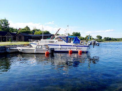Sweden, Gotland: small harbor boats