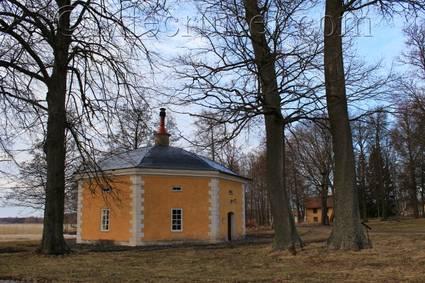 Sweden: Julita Mansion's Octagon House