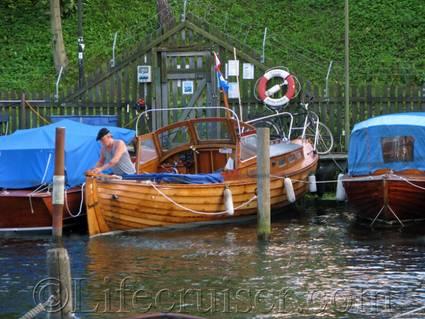 Stockholm-wooden-boat-captain, Sweden