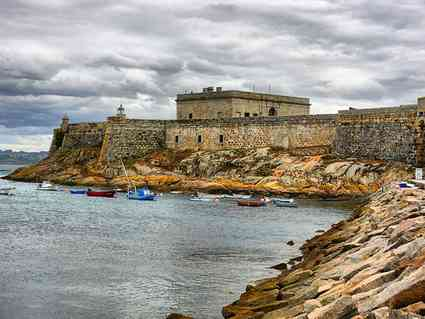 Spanish pilgrimage hike: start in La Coruna