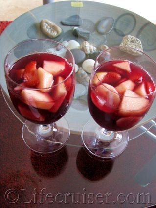 Swedish-sangria-for-two, drinks